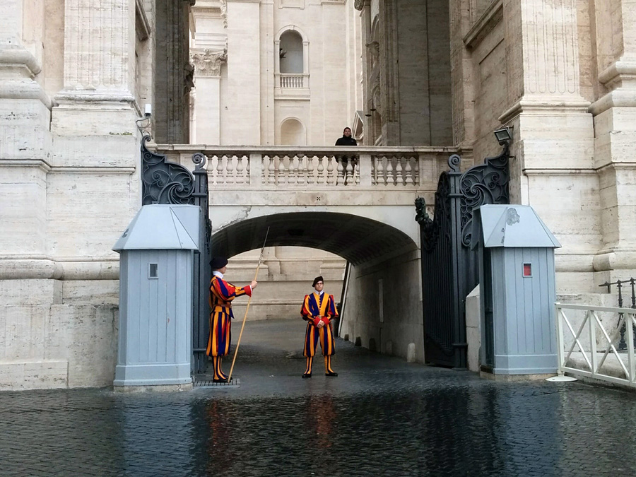 Swiss guards Vatican city